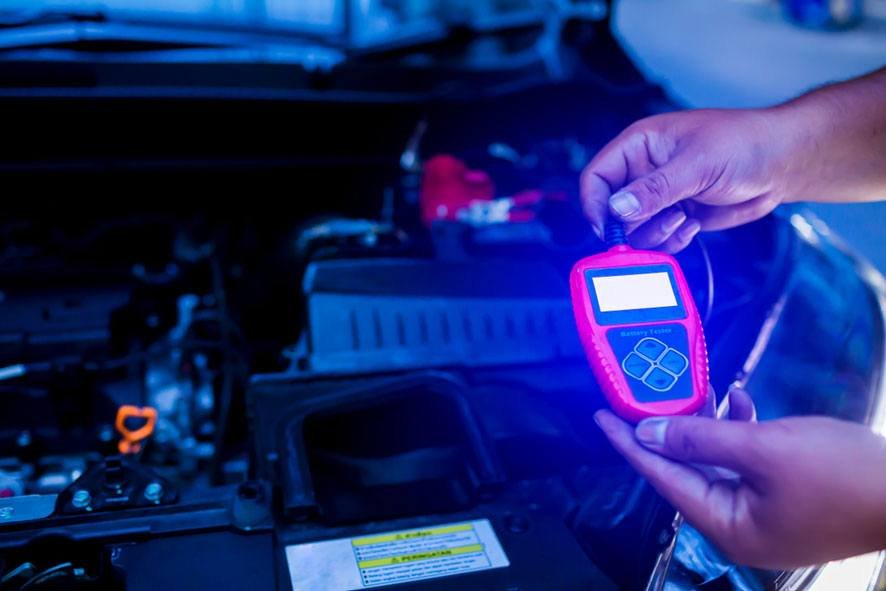 7 Best Car Battery Testers and Analyzers